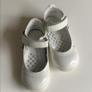 Other - Bartek orthopedic white all leather shoes.